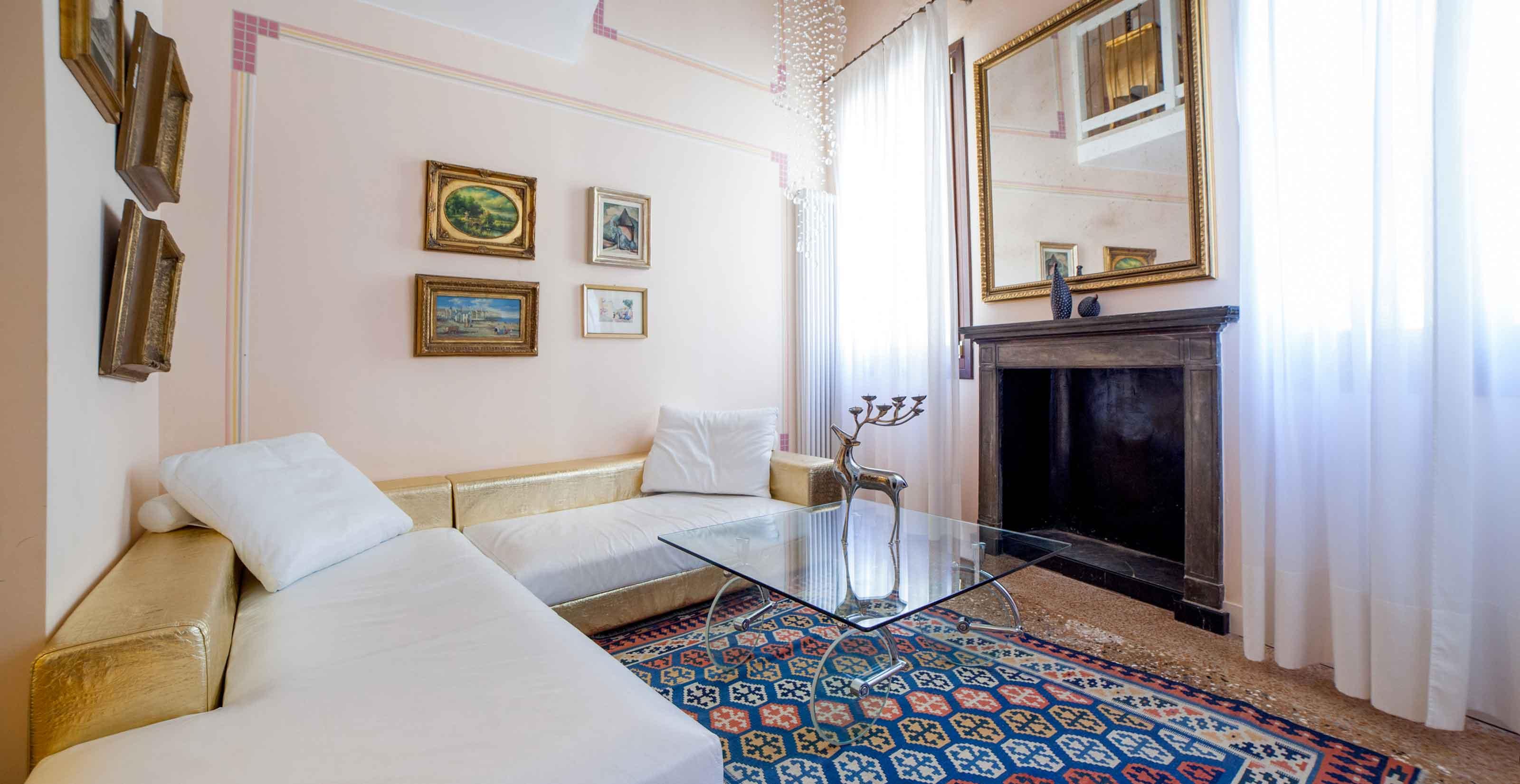 Donatello - Vacation Rentals Apartments