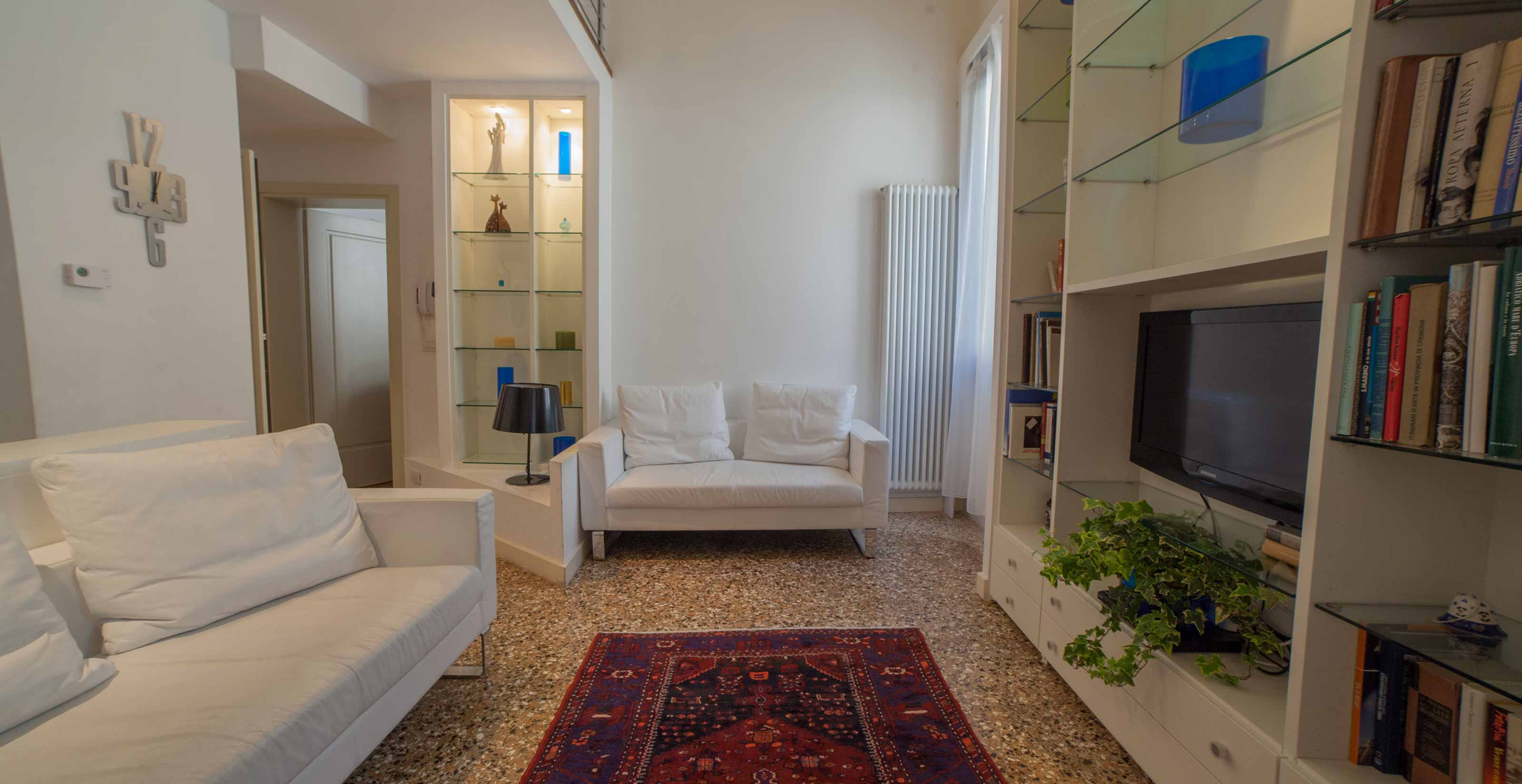 Raffaello - Vacation Rentals Apartments